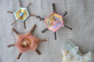 シュタイナー 子どもの手仕事 クロスウィービング(蜘蛛の巣編み) 編み方